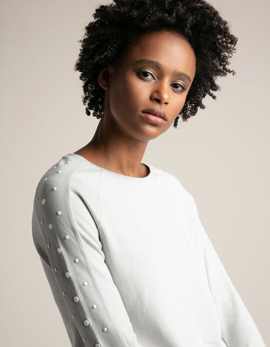 Top with Appliqué on the Sleeve
