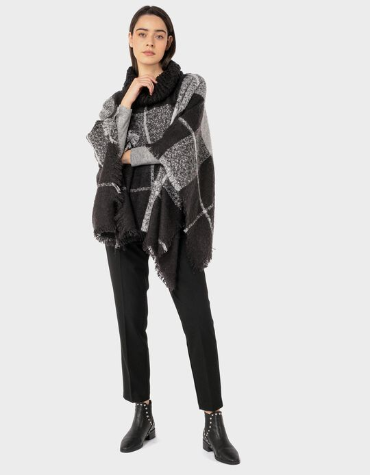 Chequered Knitted Poncho