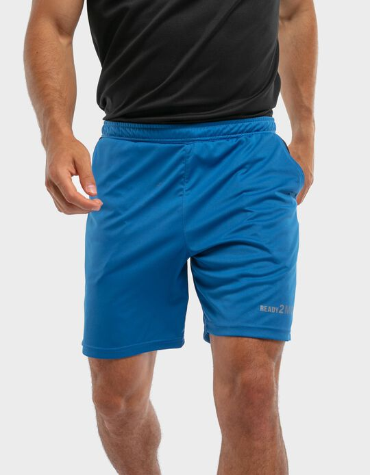 Sports shorts with pockets on the sides