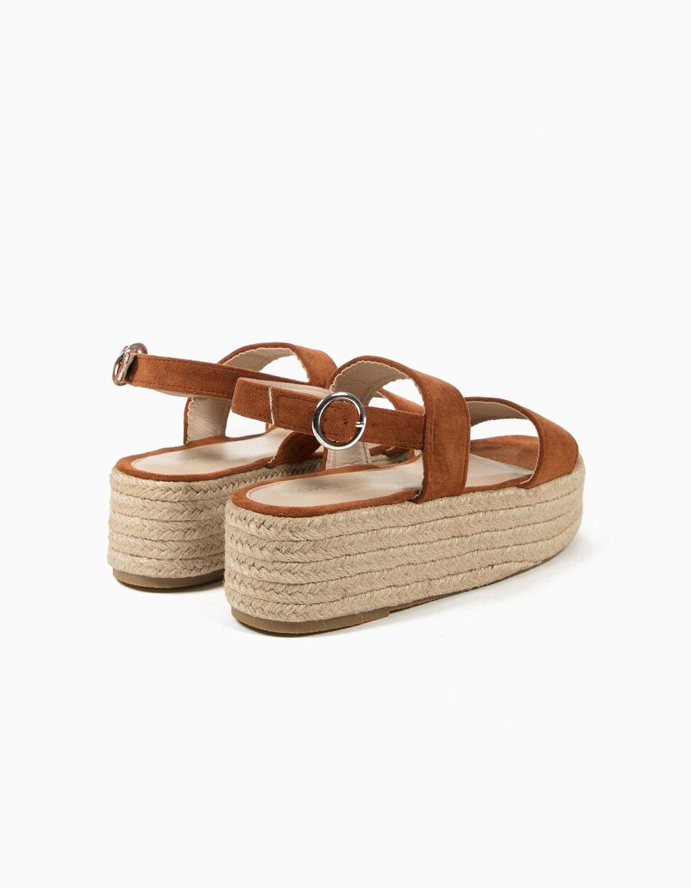 Sandálias Entrançadas