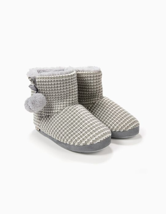 Pantufa bota com pompons