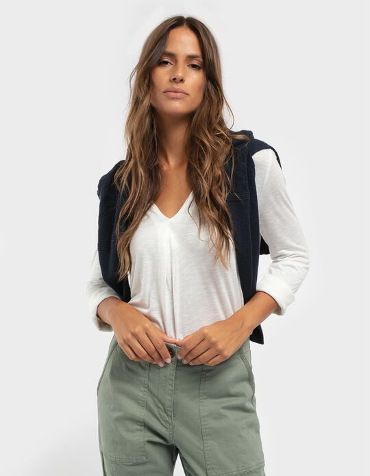Plain blouse with ruffles on the neckline