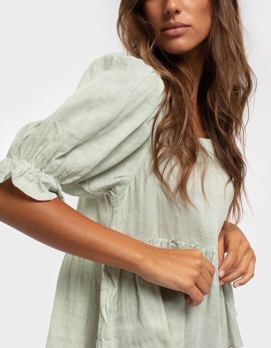 Blusa enrugada com folhos nas mangas