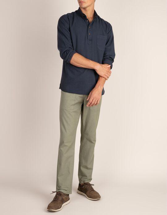Camisa casual regular fit em tecido texturizado com bolso