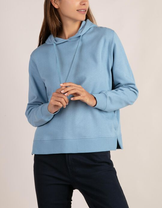 Hooded sweatshirt, Essentials
