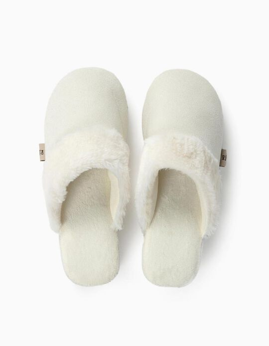 Furry bedroom slippers