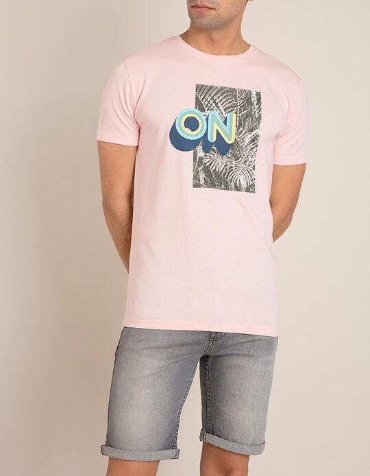 T-Shirt On