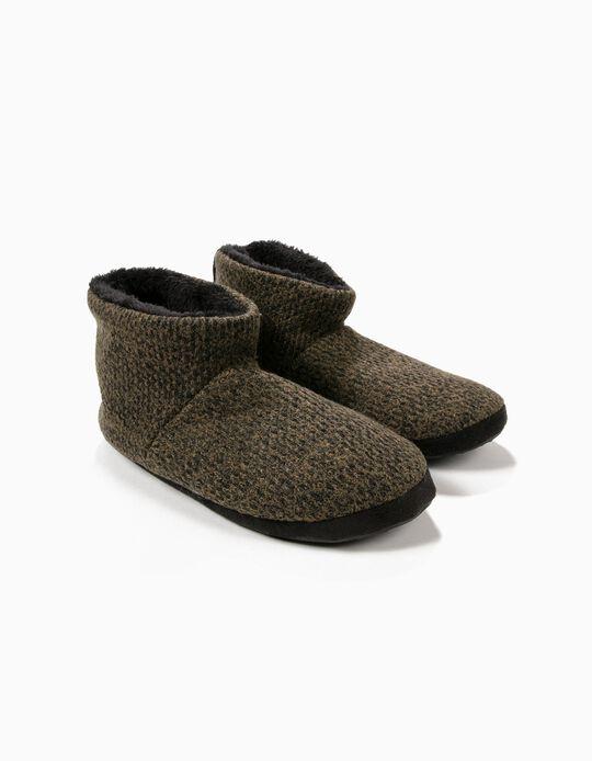 Pantufa estilo bota