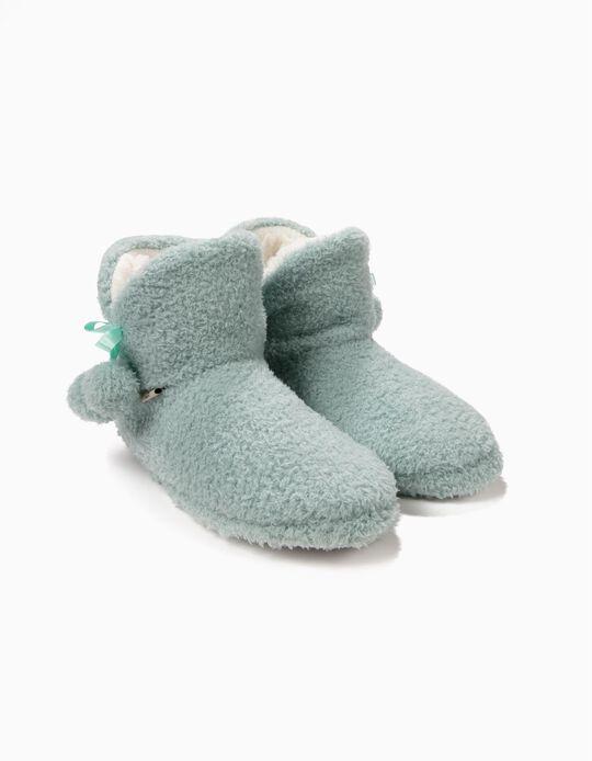 Pantufa estilo bota com pompons
